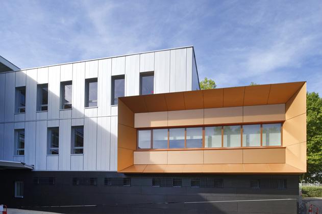Extension de l'Hôtel de Police d'Evry.Boulevard de l'Europe.91000 Evry.26 août 2015